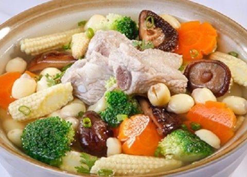Tổng hợp 3 món ăn chay được chế biến từ nấm hương