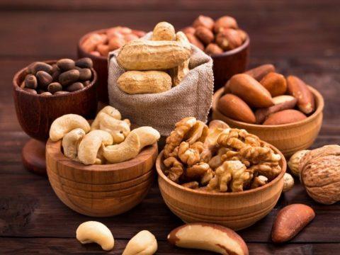 Những loại hạt tốt cho người già nhất tham khảo ngay để tăng cường sức khỏe