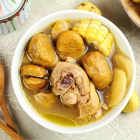 chế biến hạt dẻ với thịt gà