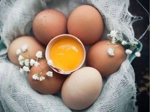 Cách ăn trứng gà sống – Lưu ý khi ăn trứng gà sống.