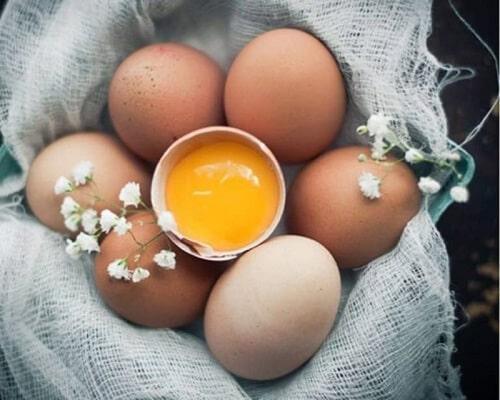 cách ăn trứng gà sống - lưu ý khi ăn trứng gà sống