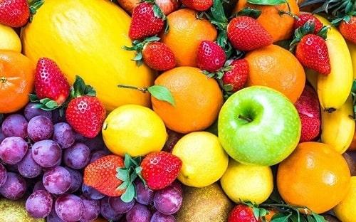 Chọn mua trái cây tươi chất lượng